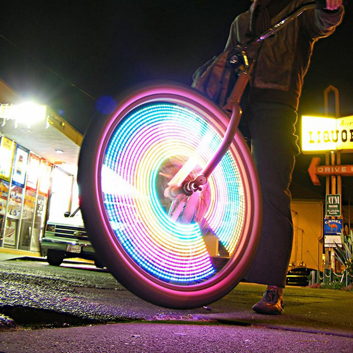 http---designyoutrust.com-2013-02-monkeyletric-led-bike-wheel-lights-