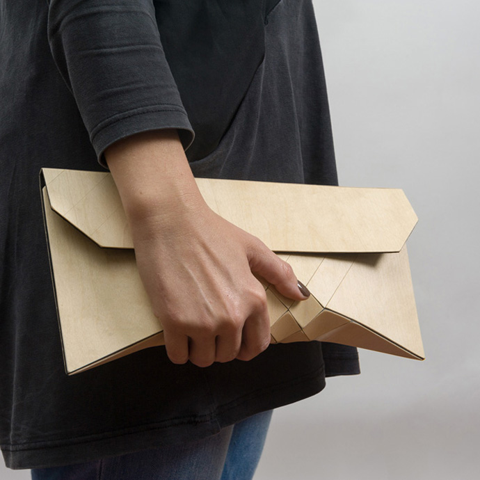 5-wooden-clutch-by-tesler-medelovitch