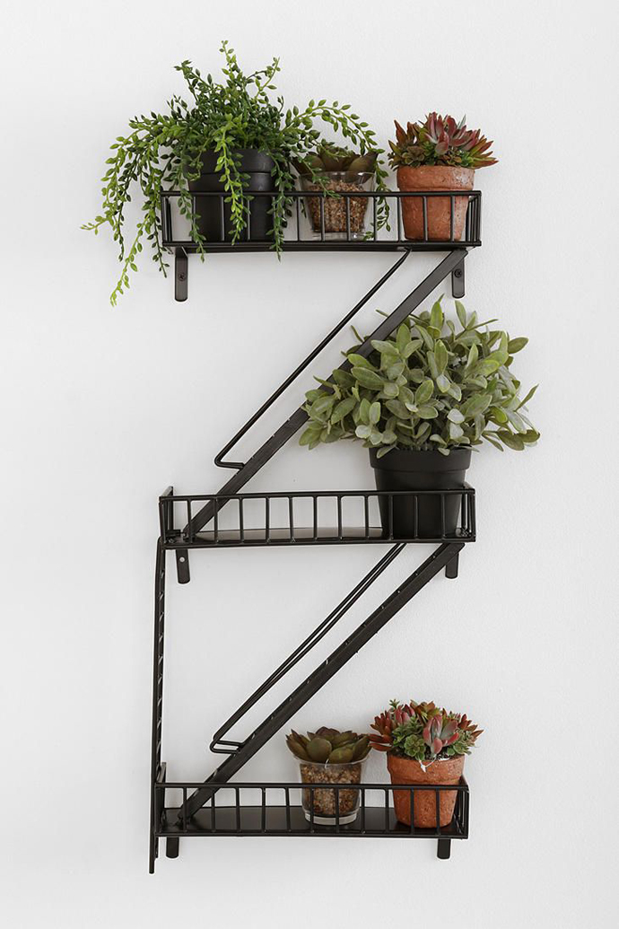 fire_escape_shelf1