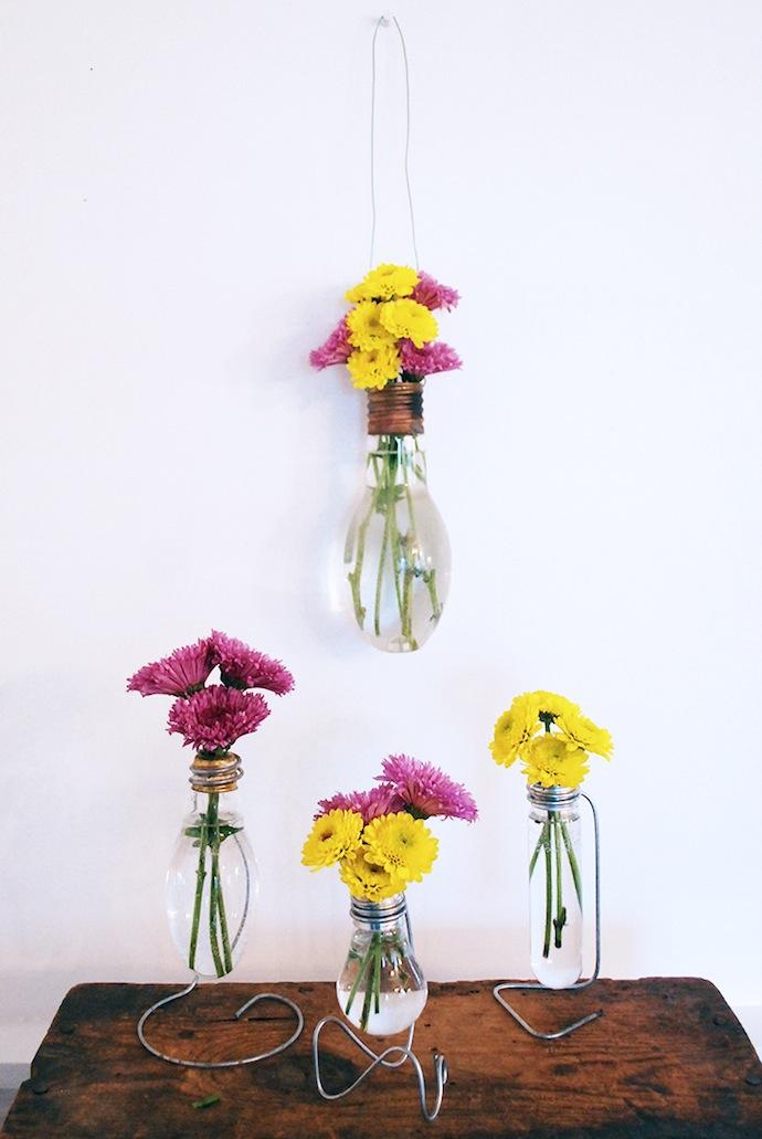 DIY-Lightbulb-Vase-The-Merrythought