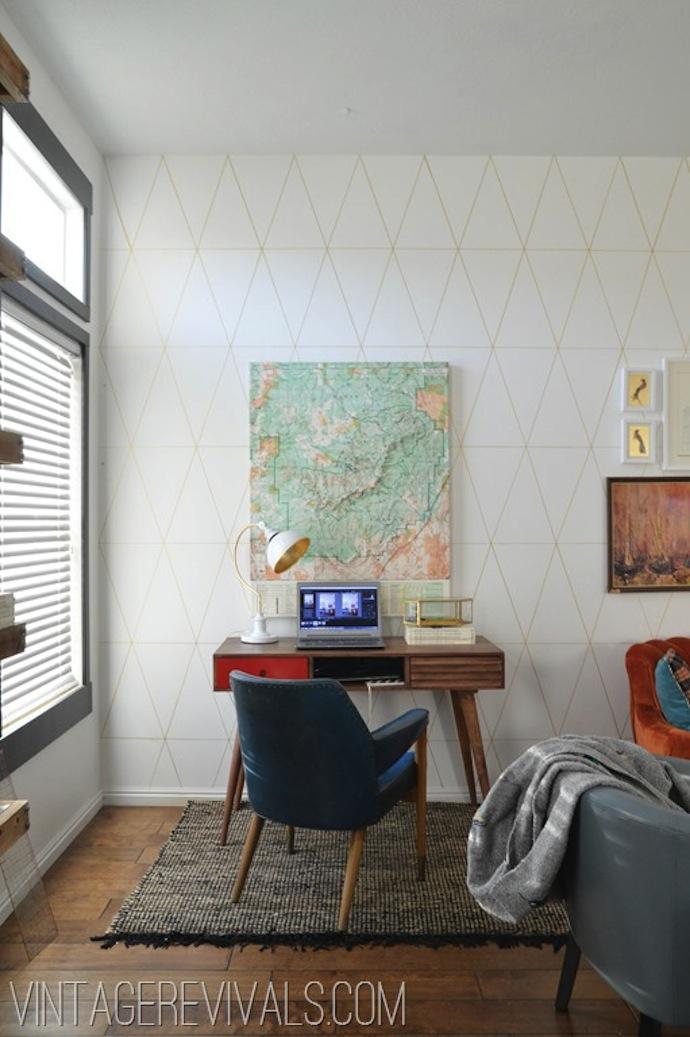 DIY Wallpaper Tutorial @ Vintage Revivals