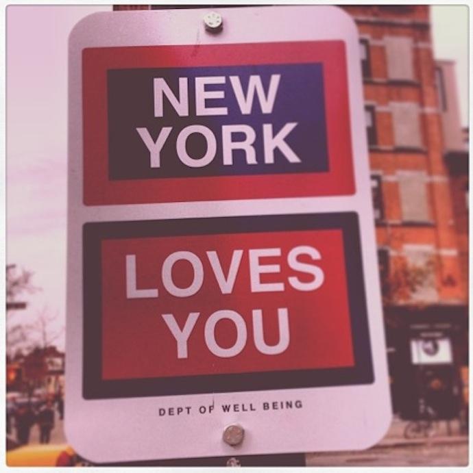 killy kilford street signs new york loves you