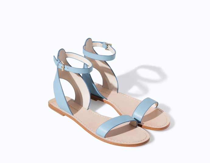 leather-flat-sandal