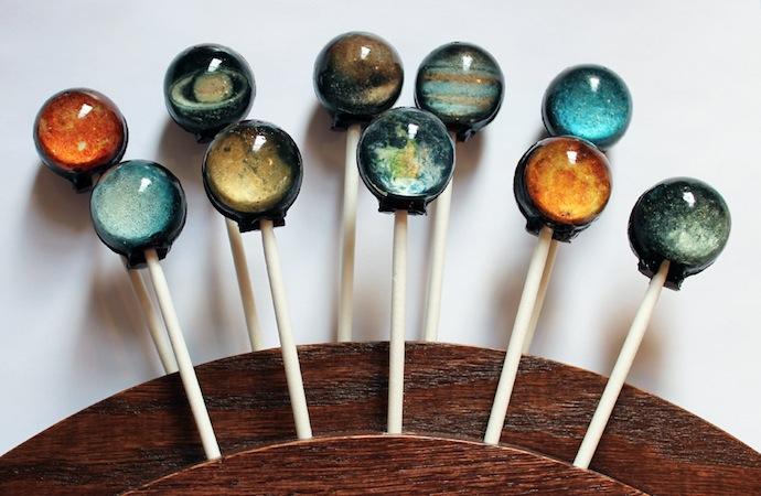 solar-system-lollypop-1