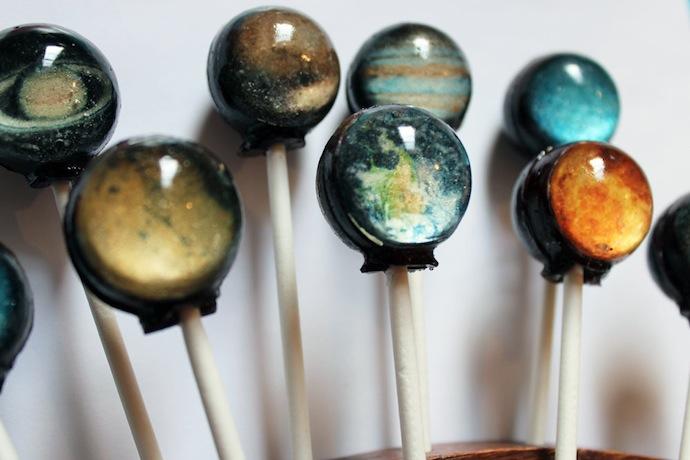 solar-system-lollypop-2