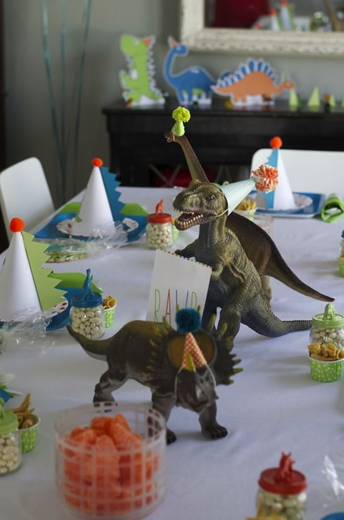 dinos_party_hat_2