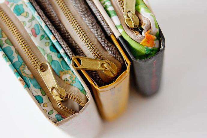 zipper book clutch 2