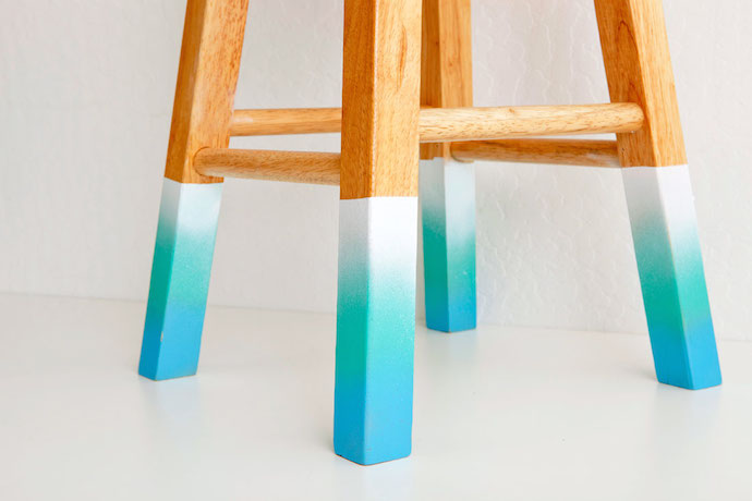 color dipped stools 4