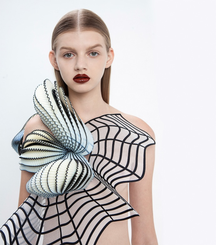 noa-raviv-graduate-collection