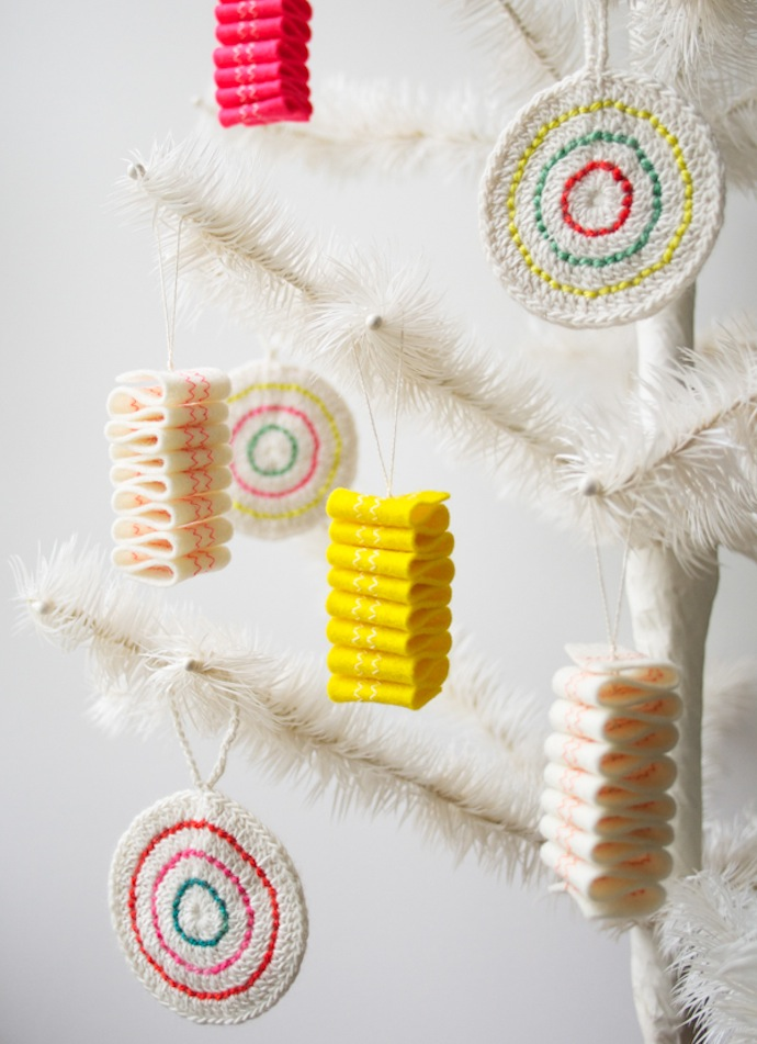 ribbon-candy-ornaments-3