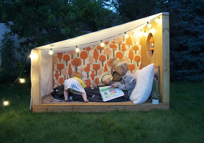 outdoor book nook 2