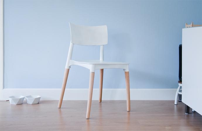 Diy kunststof stoel in een andere kleur spuiten team confetti
