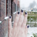 snowflake nailart 1