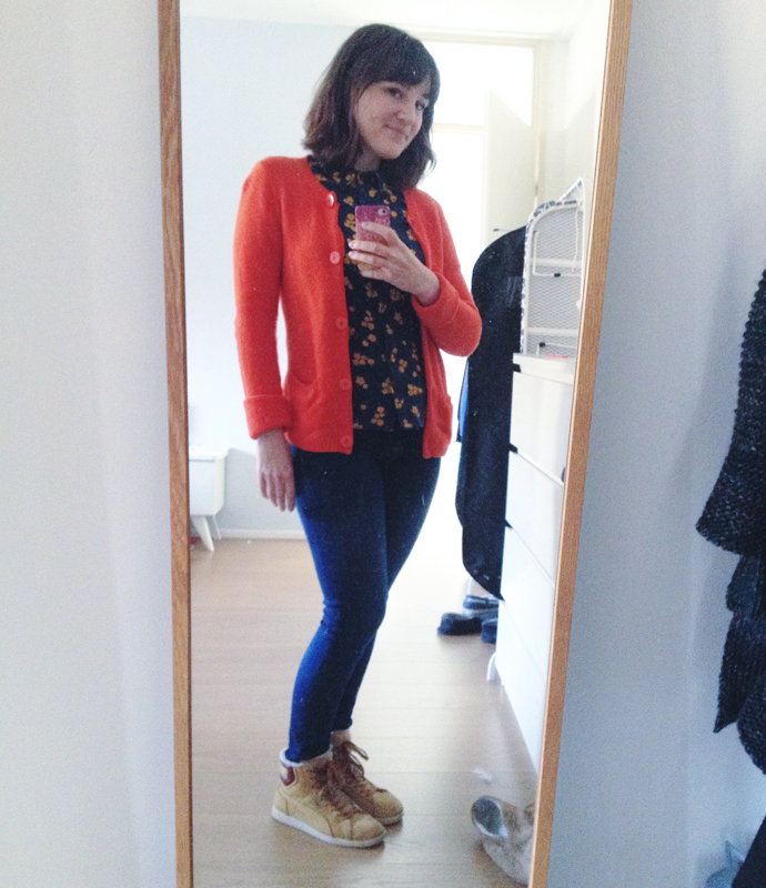outfit selfie