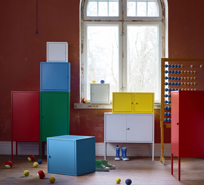 Colourful lockers in all shapes and sizes that can be combined to create a original storage solution.